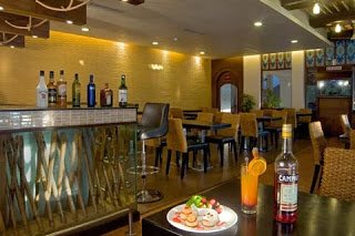 Top 10 Bars & Clubs In Goa | Goa Travel Guide - Goa Hotel Packages - Goa Holiday Guide