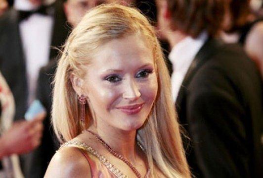Tatiana-Laurens Delarue annonce la ré-ouverture du site Rose-Jaune pour lutter contre contre la violence conjugale