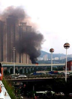 42 morts dans l'incendie d'un autobus en Chine
