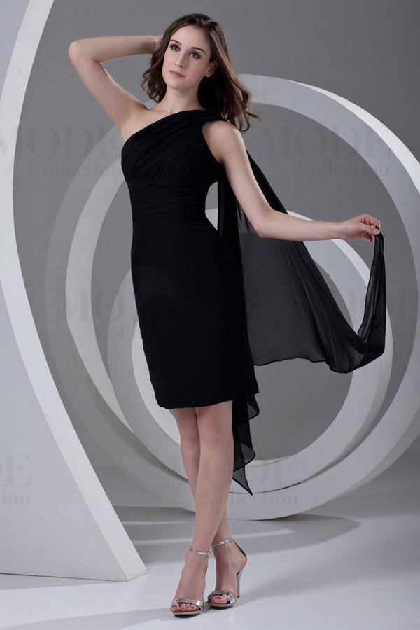 Black Charming Asymmetrical Cocktail Dresses