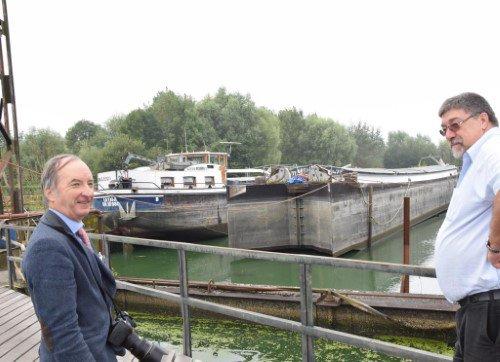 Deux bateaux en cale sèche aux nouveaux chantiers Plaquet - L'Avenir Mobile