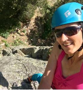 """""""Il y a plusieurs beaux endroits en Andorre pour l'alpinisme qui valent la peine d'être visités"""", dit la première femme au monde à être montée à l'Everest des deux côt..."""