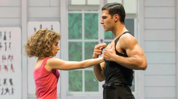 """""""Dirty Dancing"""" : 3 raisons d'aller voir la comédie musicale adaptée du film culte"""