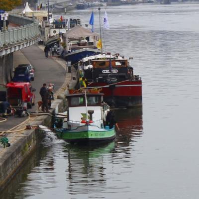 Namur: une embarcation d'une douzaine de mètres coule sur la Meuse