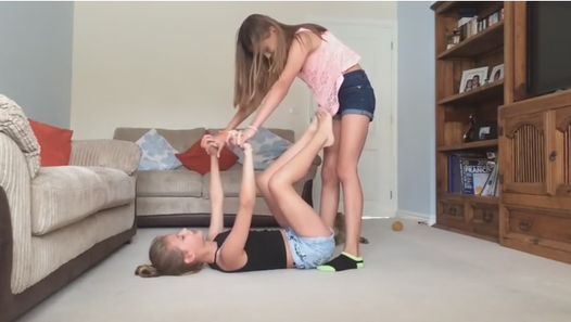 Girl gimnast. Yoga challenge! - Видео Dailymotion