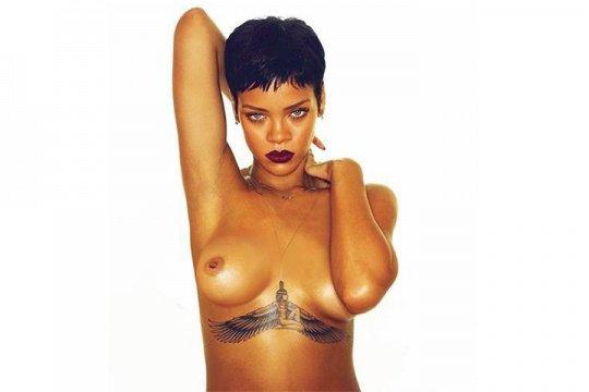 Non censuré : Rihanna seins nus sur la pochette de son nouvel album !