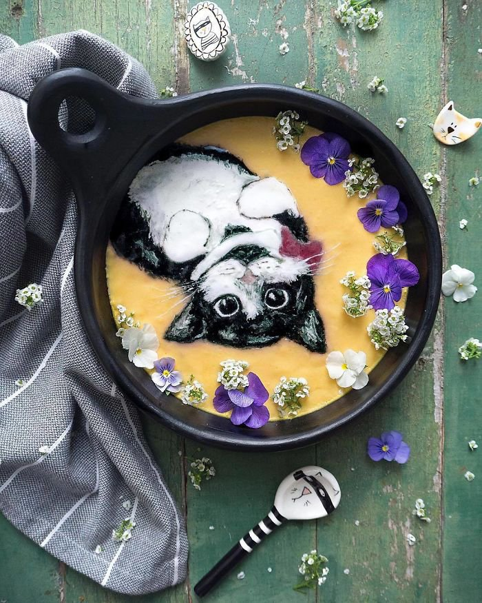 Woman Paints On Her Smoothie Bowls Using Natural Ingredients And The Result Is Too Pretty To Eat