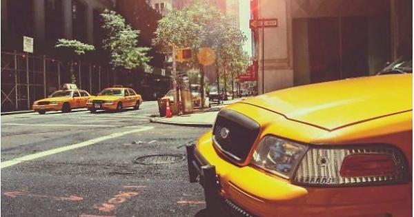 Book taxi Melbourne -  Silver service cabs