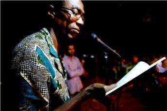 COMORES : Salon du livre et carences