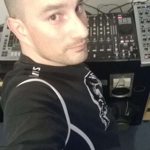 Ams-B en mix live sur ITMPROD session Deep House partie mix 2015 vol 1