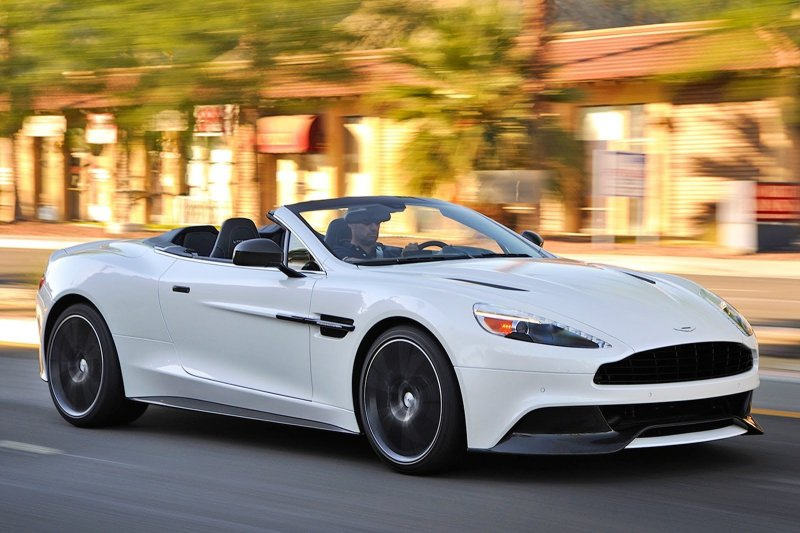 The new drop-top Aston Martin Vanquish S gets revealed
