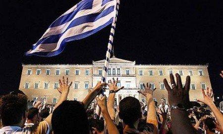 Le parlement grec annule le droit à l'enseignement gratuit pour tous - Module mère comment va la Belle Bleue ?