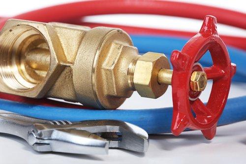 Réparation fuite d'eau Paris : devis gratuit 01.83.06.60.02 | Allo Plombier Paris