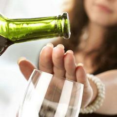 Abus d'alcool: quelle efficacité pour les nalméfène, naltrexone, acamprosate, baclofène et topiramate?