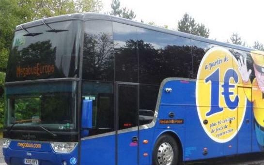 Bloqués une nuit dans un bus low-cost