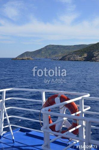 """""""Ferry de Samos à Fourni"""" photo libre de droits sur la banque d'images Fotolia.com - Image 154329673"""