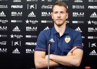 Dapat Pengalaman di Juve, Neto Optimis Jadi Kiper Utama Valencia