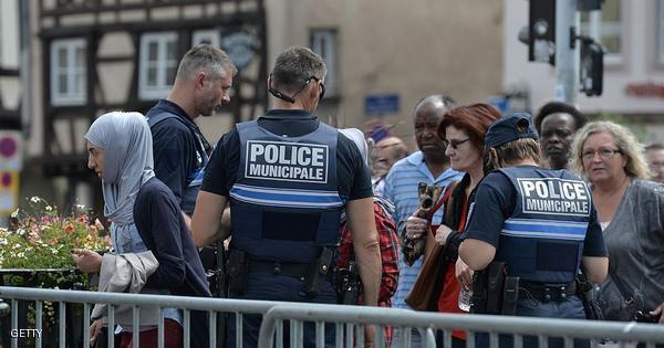 فرنسا: مختل نفسيا يهاجم يهوديا بسكين