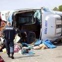 Un car de tourisme accidenté sur l'A8 : un bébé tué, 40 blessés