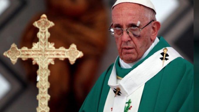 """LA CAUSE DU PEUPLE : Des prêtres catholiques dénoncent """"l'abus sur enfants lors de rituels sataniques"""" au Vatican"""