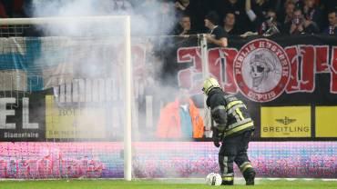 Un match à huis-clos pour le Standard suite aux incidents à Charleroi?