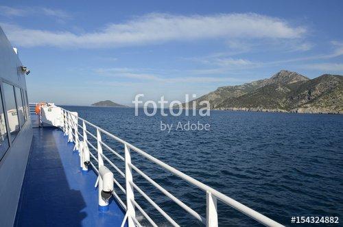 """""""Ferry de Samos à Fourni"""" photo libre de droits sur la banque d'images Fotolia.com - Image 154324882"""
