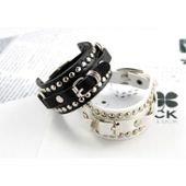 Bracelet cuir, clouté, noir/blanc, femme, ajustable sur PriceMinister