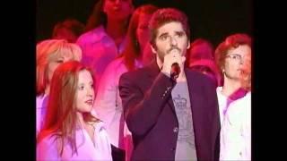 """Regardez """"Les 500 choristes avec Patrick Fiori et Mimie Mathy  - Message personnel - (Greek subtitles)"""" sur YouTube"""