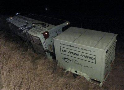 A4 / entre Reims et Châlons 14 blessés légers dans un accident de bus : un miracle ! | L'Union