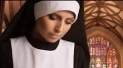 Enceinte sans le savoir, une nonne accouche à sa grande surprise.../ A nun gave birth to a baby boy in Italy.