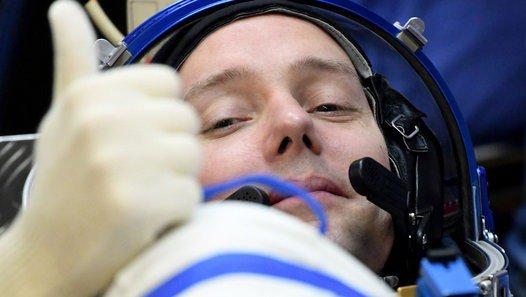 Mission Proxima: Thomas Pesquet est arrivé à bord de l'ISS - Vidéo dailymotion