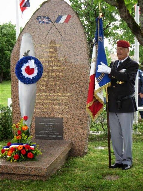 La Resistance Francaise: Ambares-et-Lagrave (33) : aux Aviateurs Anglais morts pour la France le 16 octobre 1940