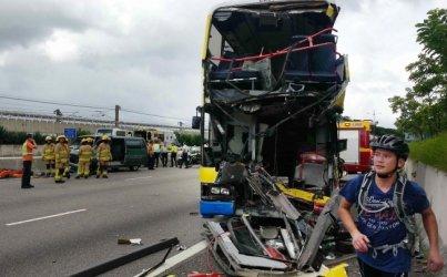 Bus driver killed, 37 injured in Lantau crash