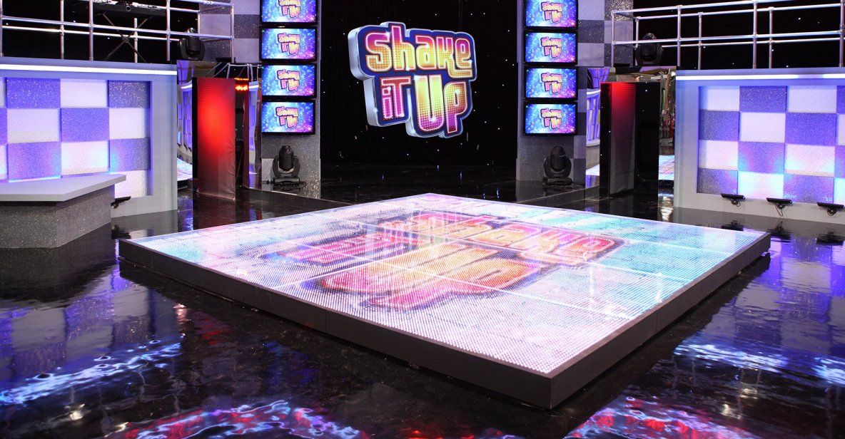 Game Play - Shake it Up - Dance it Up