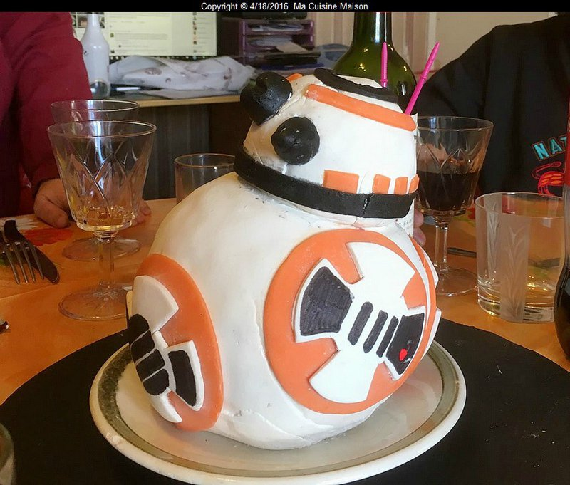 GÂTEAU BB8 - STAR WARS VII (cake design recette maison)