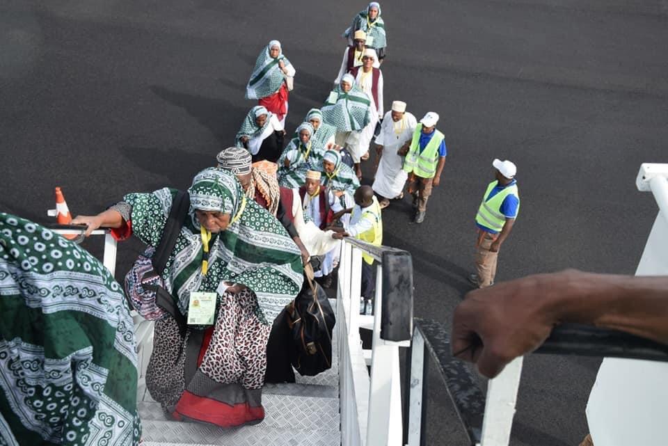 Des passagers d'Ethiopian Airlines au départ de Moroni testés positifs au Covid-19 à l'aéroport de Paris | Comores Infos