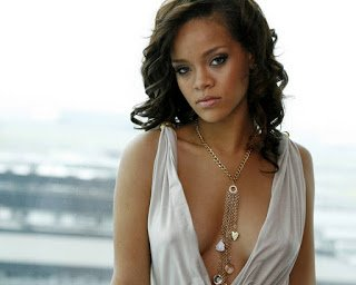 Top 5 Best Music Videos Starring Rihanna