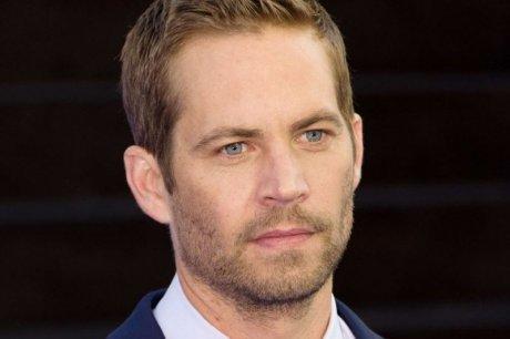 """L'un des acteurs vedettes de """"Fast and Furious"""" se tue en voiture"""
