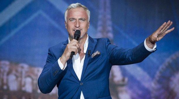 """David Ginola (La France a un incroyable talent) : """"Animateur télé, c'est mon nouveau métier"""" Actu - Télé 2 Semaines"""
