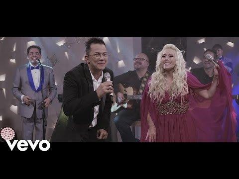 Charlie Zaa ft. Yuri, La Sonora Santanera - La Pollera Colorá  - LNO