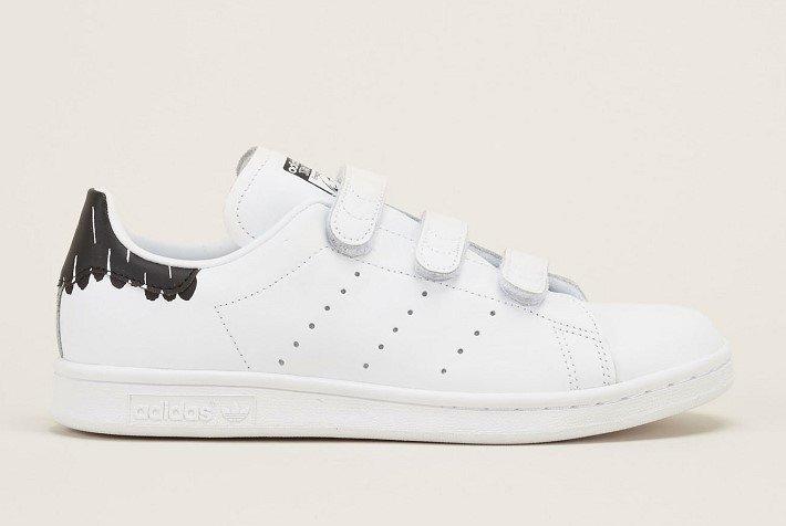 Adidas Originals Sneakers à cratch blanches en cuir et tacheté noire à l'arrière - Baskets Femme Monshowroom - Ventes-pas-cher.com