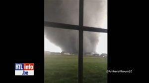 Une tornade dévastatrice ravage plusieurs villes de l'Illinois - Vidéo - RTL Vidéos