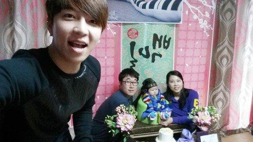 Soohyun vous passe le bonjour :3♥