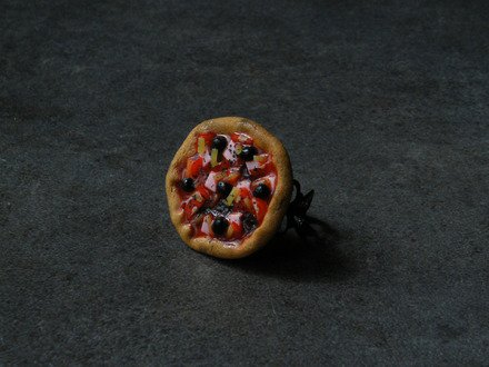 Bague pizza napolitaine en fimo