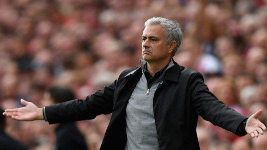 Penampilan Timnya Buruk Mourinho Kambinghitamkan Anak Gawang
