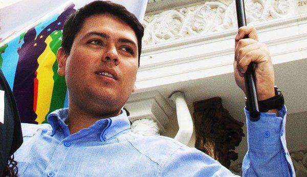 Rosmit Mantilla, militant LGBT et prisonnier d'opinion au Venezuela