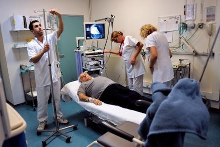 Colère des étudiants de médecine après l'annulation d'une épreuve de l'internat (ECN)