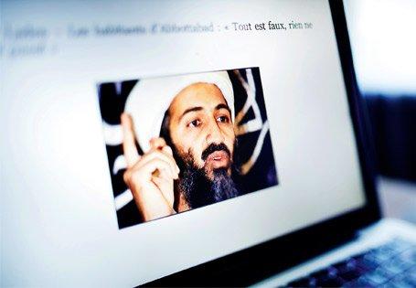Internet, nid du complot : la Toile rongée par les mythes