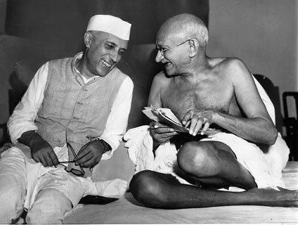 File:Nehru gandhi.jpg - Wikimedia Commons