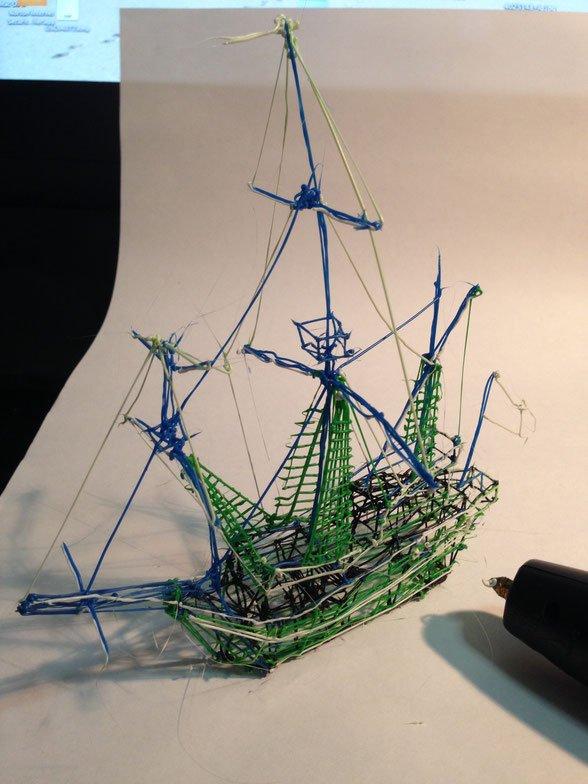 écrire sur une feuille c'est sympa mais... écrire en 3D c'est plus fun !